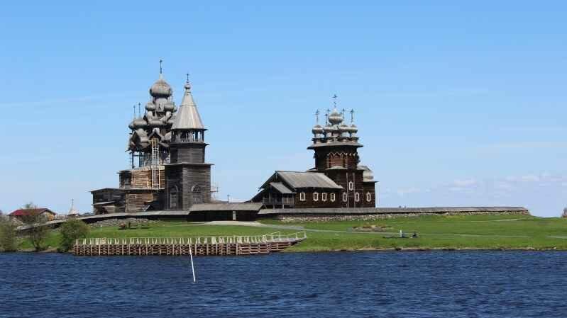 Экскурсии на остров Кижи откроют многие тайны Руси