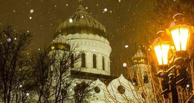 Рождество Христово в Москве приглашает в храмы и на отдых