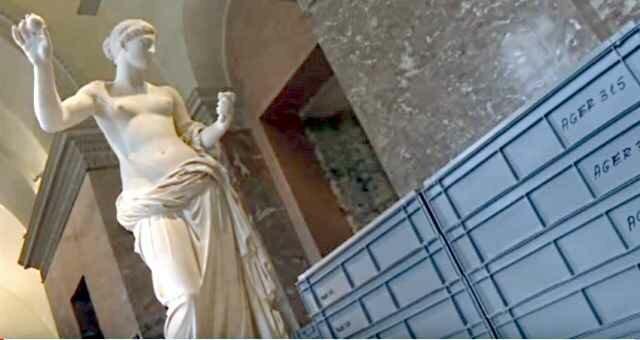 Потоп в Париже может затопить сокровища Лувра