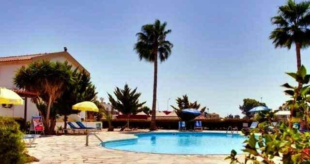 ОтельBelliniBungalows Кипр
