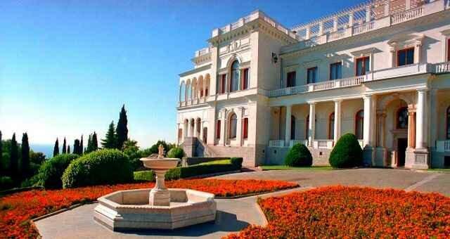 Ливадийский дворец в Крыму – резиденция царя и Сталина