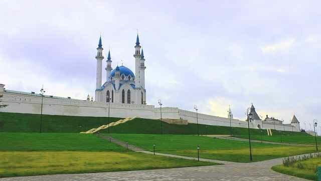 Экскурсии по Казани с самыми интересными гидами города