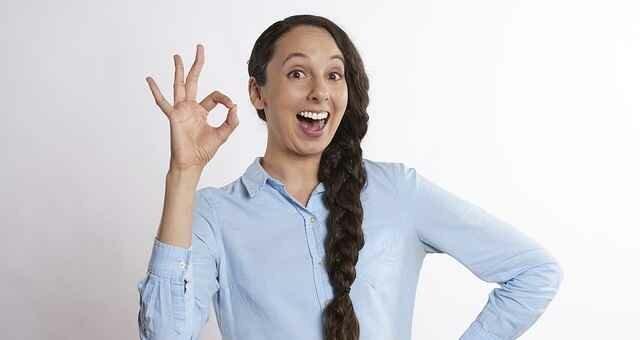 Язык жестов и рамки приличий за границей