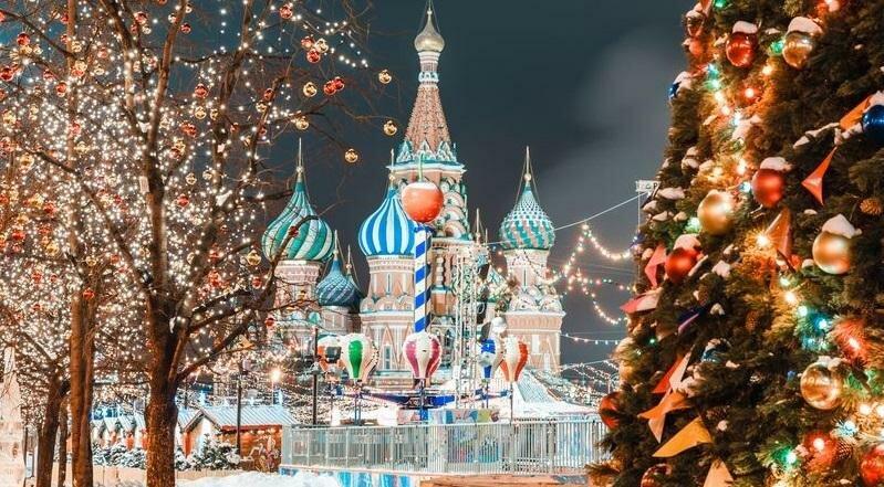 Новогодние экскурсии по Москве