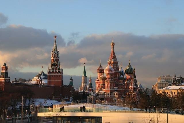 Путешествуем по России – Санкт-Петербург, Москва и другие must-see