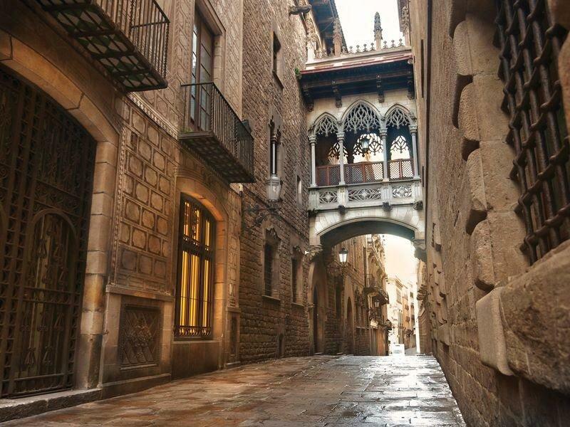 Экскурсии на майские со скидками в Барселоне