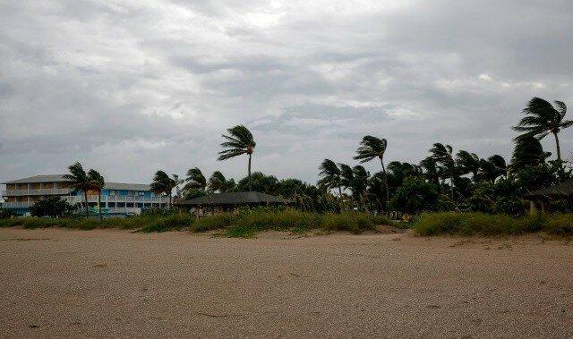 Ураган Дориан сейчас